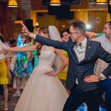 Ведущий на свадьбу нижний