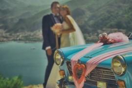 6 главных видов украшений для свадебной машины