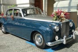 Как украшают свадебный кортеж в разных странах?