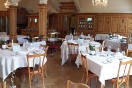 Как украсить ресторан для свадьбы в стиле рустик?