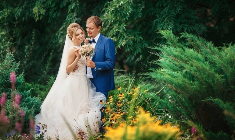 Фотограф на свадьбу ярославль недорого